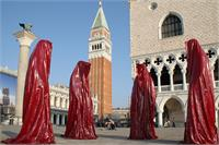Contemporary Light Art Design Statue Sculpture Venice Biennale Show Kili Manfred Kielnhofer Sculptor